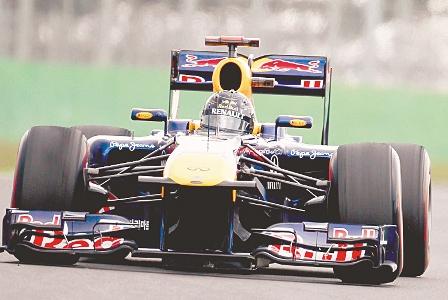 Vettel-vuelve-a-ganar-y-Alonso-decepciona-