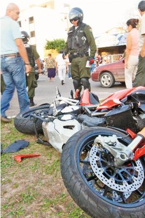 Alta-velocidad-provoco-la-muerte-de-motociclista