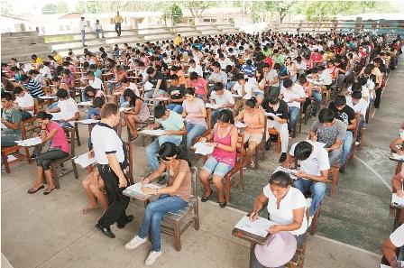 Arranco-la-prueba-academica-por-9.450-Lugares-en-la--Rene-Moreno---