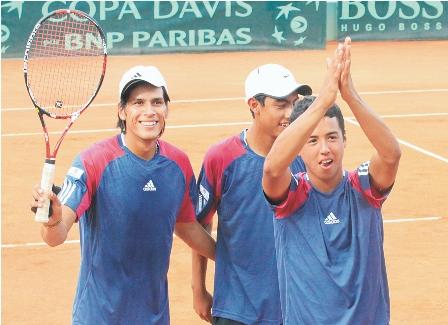Ascenso-y-festejo-del-tenis-nacional