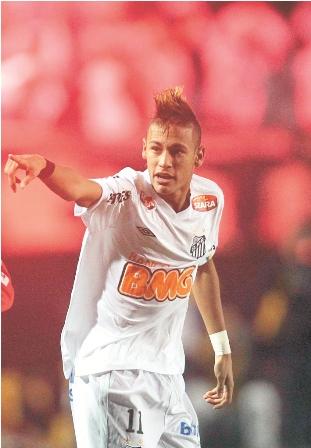 Pele-dice-que-Neymar-va-a-ser-mejor-que-el