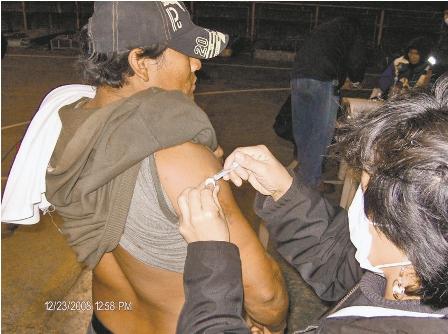 El-sedes-pincho-a-indigentes-contra-la-influenza-