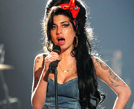 Muere-Amy-Winehouse-en-su-piso-de-Londres