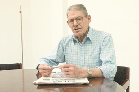 Muere-a-los-72-anos-el-intelectual--Cayetano-Llobet-tras-una-larga-lucha--con-el-cancer--