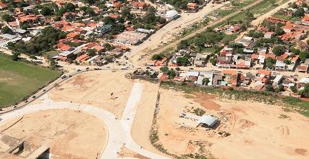 Dos-obras-se-hallan-afectadas--por-asentamientos-vecinales-