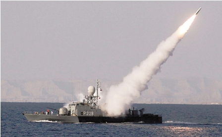 Iran-amenaza-a-nave-de-guerra-de-Estados-Unidos