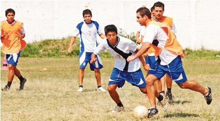 Sport-Boys-derrota-a-Mamore-y-se-dispara