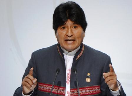 Morales-y-Pinera-se-enfrentan-por-salida-al-mar-para-Bolivia