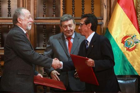 Peru-y-Bolivia-suscriben-plan-para-luchar-contra-trafico-de-bienes-culturales