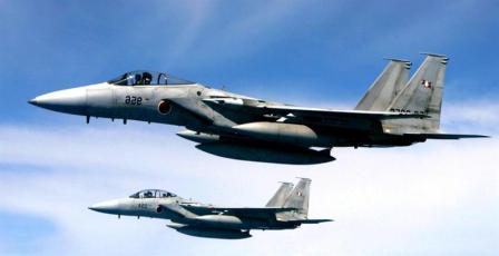 Un-avion-chino-sobrevuela-islas-Senkaku,-despegan-cazas-japoneses