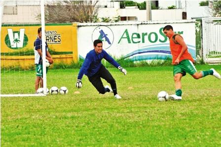 Carlos-Arias-se-encargara-de-custodiar-el-arco-ante-Bolivar