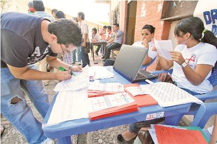 La-UAGRM-se-electoraliza