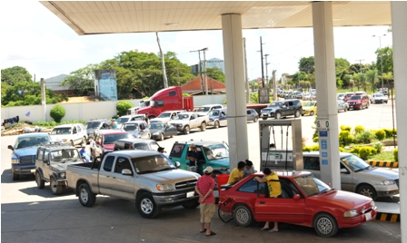 Hay-un-deficit-de-600-mil-litros-de-gasolina-especial