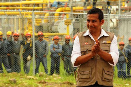 Los-peruanos-disfrutan-de-la-bonanza-del-gas