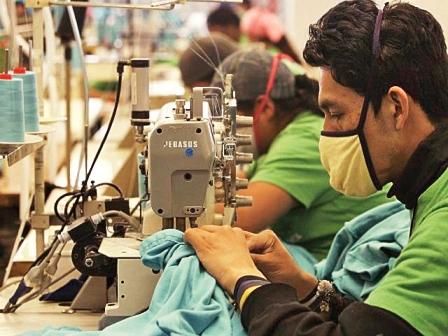 Fabriles-piden-al-Gobierno-recontratar-al-total-de-los-trabajadores-de-la-ex-Ametex-