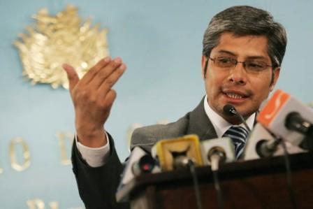 Chavez-descarta-ser-embajador-y-dice-que-apoyara-el--proceso-de-cambio--en-Bolivia