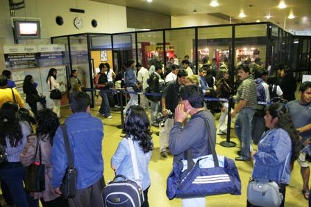 Existen-tres-millones-de-bolivianos-en-el-extranjero
