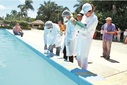 Funcionarios-detectan-fallas-en-parque-acuatico-
