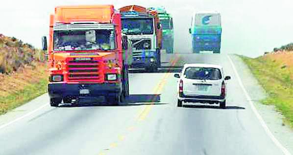 Accidente-de-transito-deja-tres-muertos-en-Calle-Sajta