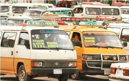 Transporte-publico-suspende-el-paro