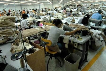 Denuncian-talleres-textiles-Argentina-por-explotacion-de-bolivianos
