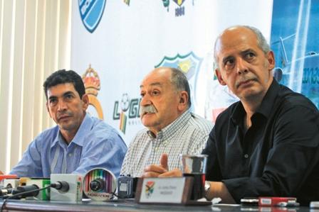 Azkargorta-los-llamo-para-jugar-ante-Colombia-y-Argentina
