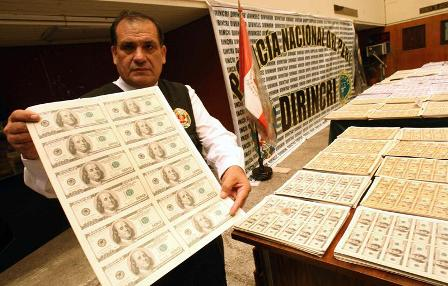 Policia-peruana-incauto-27-millones-de-dolares-y-20-millones-de-euros-falsos