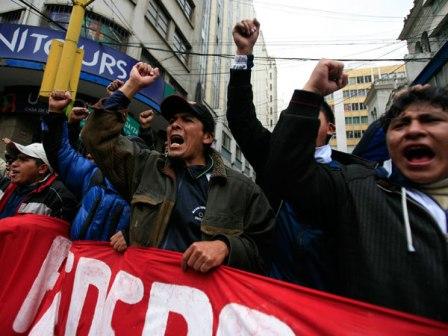 COB-decide-ir-al-dialogo-y-el-MAS-sale-a-las-calles-para-apoyar-a-Evo-