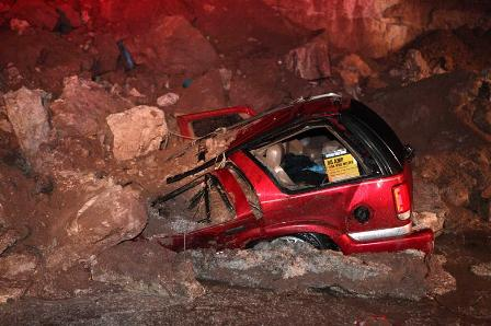 Siete-muertos-y-cuatro-heridos-por-alud-en-autopista-del-centro-de-Mexico