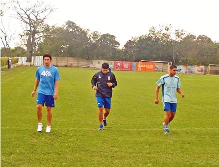 Paraguayo-Marco-Lazaga--entrena,-pero-aun-no-firmo