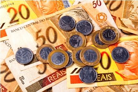Sube-las-tasas-para-contener-inflacion