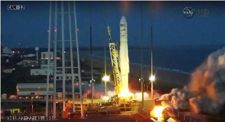 Explota-un-cohete-con--dos-toneladas-de-carga