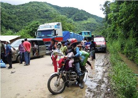 Cortan-ruta-Santa-Rosa-por-despidos-a-trabajadores