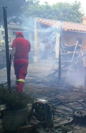 Afectados-en-incendio-quieren-ayuda
