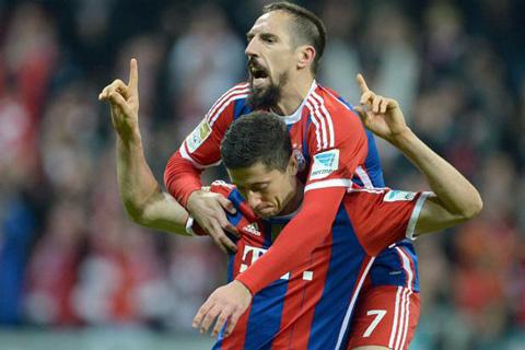 Bayern-remonta-(2-1)-ante-Borussia-Dortmund,-que-queda-antepenultimo