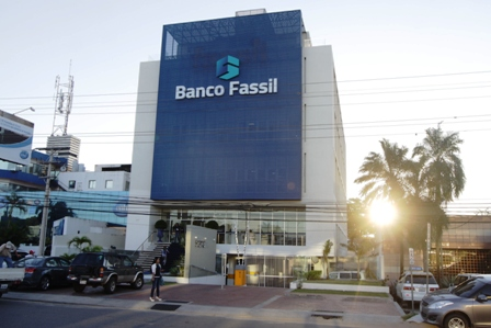 Banco-Fassil-incrementa-su-capital-a-bs-800-millones