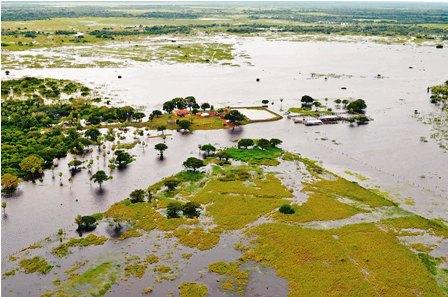 Desastres-naturales-develan-precariedad-y-contradiccion