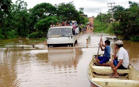 Declaran--alerta-roja--en-Cobija-e-inician-la-evacuacion-de-100-familias