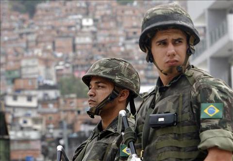 Brasil-moviliza-30.000-militares-en-sus-fronteras