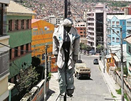 Linchan-a-presunto-atracador-en-La-Paz