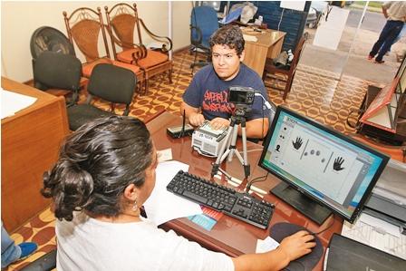 Biometrico-llega-a-un-padron-de-6-millones-de-votantes
