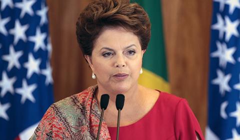 Rousseff-sigue-liderando-encuestas