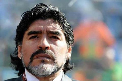 Maradona,-internado-para--chequeos-de-rutina-