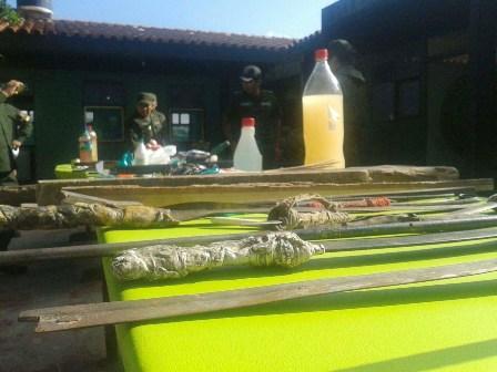 Decomisan-en-Palmasola-armas-de-fuego-y-bebidas