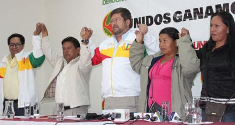 Indigenas-del-TIPNIS-firman-alianza-con-UD
