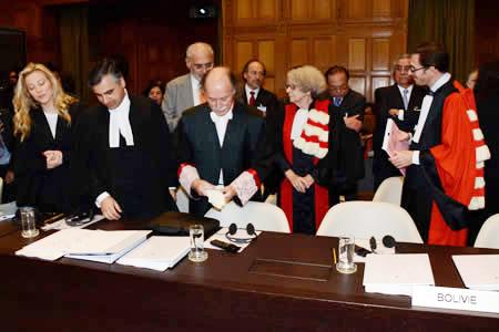 Bolivia-ratifica-equipo-juridico-para-demanda-maritima-ante-La-Haya