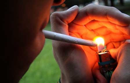 Capacitan-a-personal-para-ayudar-a-dejar-de-fumar