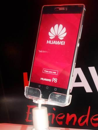 Huawei-presenta-su-ultimo-smartphone