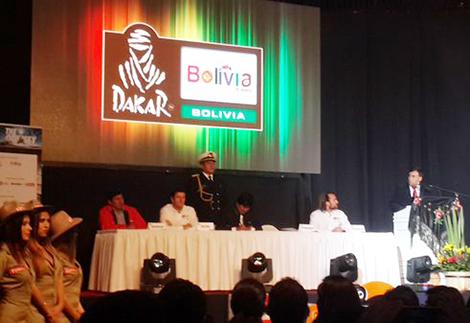 -Duro-y-complicado-,-el-Dakar-2016-se-presenta-en-Bolivia