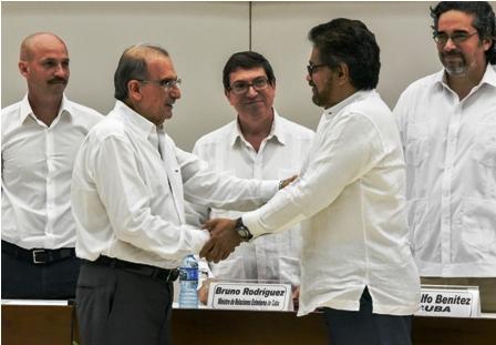Colombia-gira-hacia-la-paz-tras-pacto-con-las-FARC